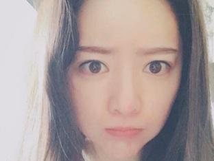 홍수아, 10살은 어려보인다 '애교 표정'