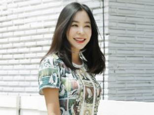 이혜영, 화가+패셔니스타…화려한 귀환 예고