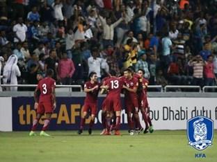 '충격의 3실점' 한국, 카타르에 33년 만에 패배..본선행 불투명