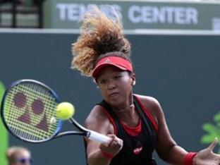 일본 21세 신예 오사카, '테니스 여제' 윌리엄스도 완파