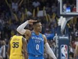 웨스트브룩, 2시즌 연속 시즌 트리플 더블..NBA 최초