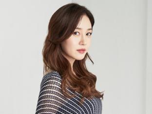 [화보] 성유리, '소확행' 아이템으로 완성한 '청량감'