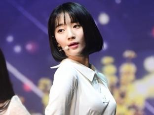 두산, 8일 삼성전서 승리 기원 시구
