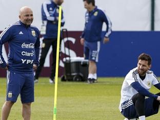사실로 드러난 메시-삼파올리 대립, 아르헨티나 월드컵 부진 원인