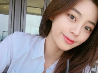 '공작'의 북한 미녀 정소리, 청순미 가득한 일상 미모