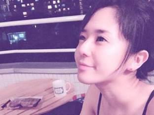 '임신' 아오이 소라, 변함없는 외모+몸매로 근황 공개