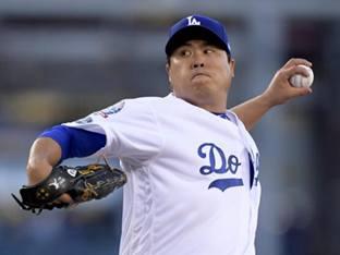 MLB닷컴, 다저스 류현진 잔류 주요 행보로 언급…포수·특급 선발 영입 주목