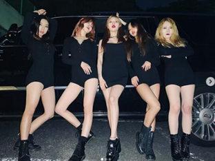 현아, 블랙 미니 원피스 입고 드러낸 완벽 각선미