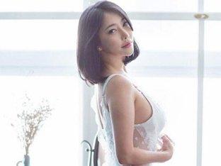 관능미 NO.1 윤체리, 흰색 가운에 비친 36인치 엉덩이 라인이 매력포인트!
