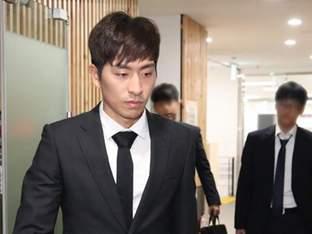 '후배 폭행' 빙속 황제 이승훈, 출전 정지 1년 확정