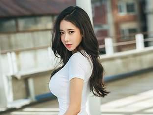 'SNS 스타' 김이슬, 로드걸로 발탁…여수 대회부터 참여