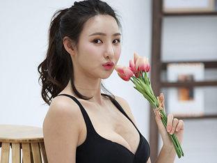 레이싱모델 김지희, '꽃보다 아름다운 몸매'