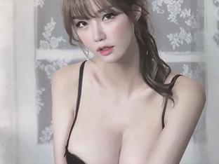 모델 민한나, E컵 볼륨 드러낸 란제리룩 '아찔'[★SNS]