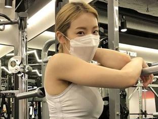 """심으뜸, 엉덩이 부을 정도로 뜨거운 운동 열정 """"S라인 이유 있네"""" [SNS★컷]"""