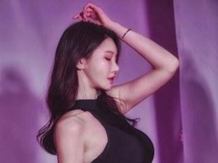 'DJ출신 엔젤걸' 유리안이 추천하는 AFC와 가장 잘 어울리는 노래?