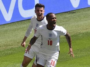 '스털링 결승골' 잉글랜드, 크로아티아에 1-0 승리