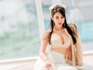 '원조 비키니여신' 강하빈, CJ대한통운 슈퍼레이스의 대표모델로 발탁돼
