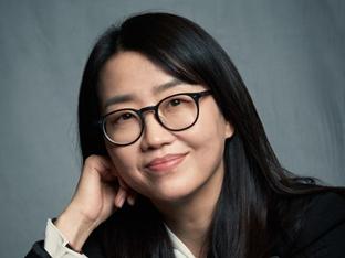 김은희 작가가 밝힌 #킹덤:아신전 #전지현 #시즌3 #♥장항준[인터뷰S]