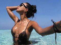 시모네 자자의 여친 Chiara Biasi, 섹시미 담긴 사진 공개