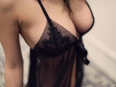 모델 전지수 시스루 슬립 몸매 움짤  인스타그램