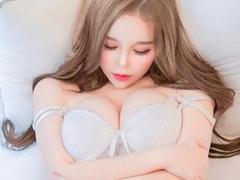 숨막히는 E컵 섹시글래머 모델 민지 인스타그램