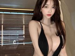 하이레그 입은 한복미인대회 출신 모델 정혜율