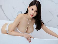 풍만한 '엉짱' 중국 미녀의 욕실 '유혹'