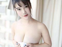 풍만 미녀 小尤奈, 압도적 볼륨감