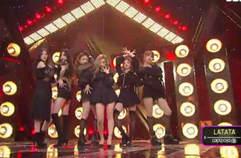 뜨고 있는 걸그룹 '(여자)아이들'의 세련된 콘셉트 무대 'LATATA'