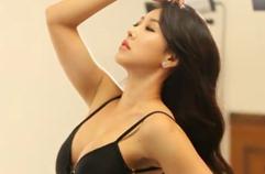 머슬퀸, 아찔한 매력 뽐내며 스튜디오 촬영…피트니스 선수 홍주연