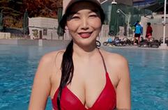 출렁거리는 빨강 비키니. 이번에도 주제는 가슴이다! (in 제천 리솜 해브나인 스파) In a red bikini, enjoyed outdoor spa