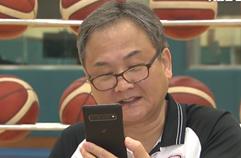 2002년 vs 2014년 농구대표팀, 유재학 감독의 선택은? / KBS뉴스(News)
