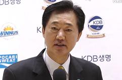 """박종천 감독 """"그 우한에 다시 간다고요?"""" / KBS뉴스(News)"""