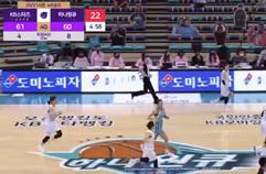 '역시 에이스' 강이슬의 연속 3점 득점으로 추격하는 하나원큐