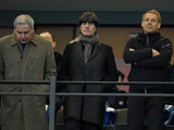 위기의 뢰브 獨 '팬들의 불평, 네덜란드전은 인내심 시험'