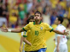 FIFA 컨페더레이션스컵 A조  브라질 3:0 일본